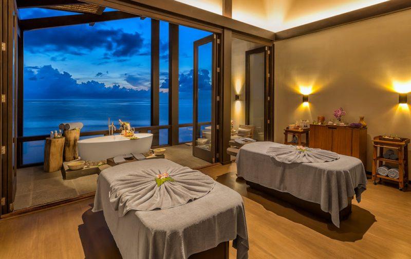 Kudadoo Maldives Private Island, un paraíso en medio del océano - kud-spa-treatment-room-mar