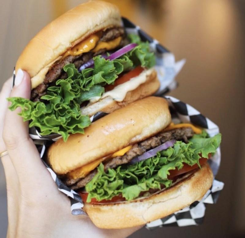 Las hamburguesas que debes probar en Los Ángeles - honeybee