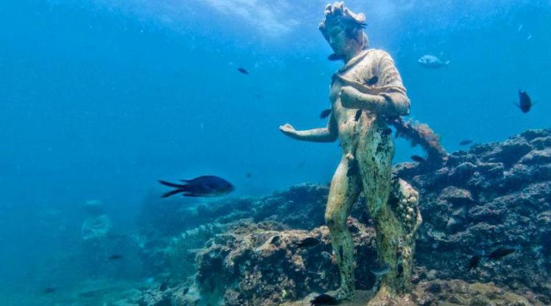Los museos subacuáticos más cool del mundo - museossubacuaticos_baiaitalia