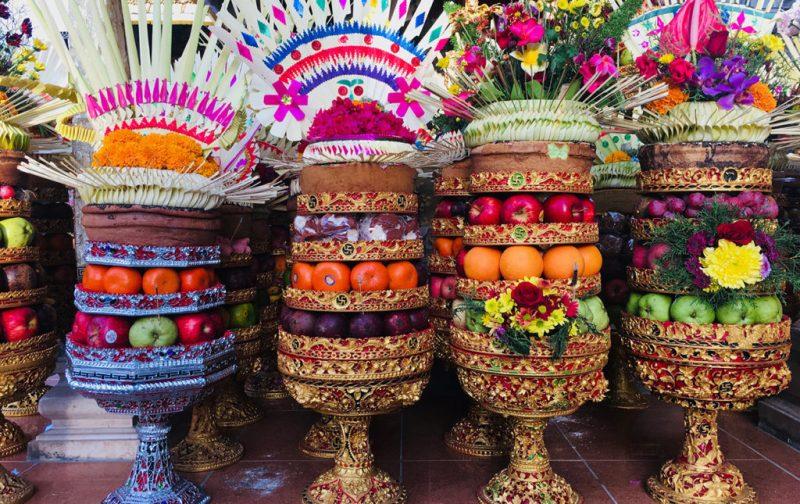 Nyepi: Bali y su antesala ritual - hotbook_hottravel_hotexperience_nyepi_byeda_frutas
