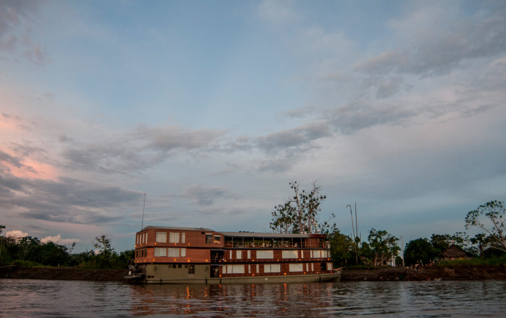 Amazonas en primera clase - PORTADA_hotbook_hottravel_hotdestination_amazonas_barco