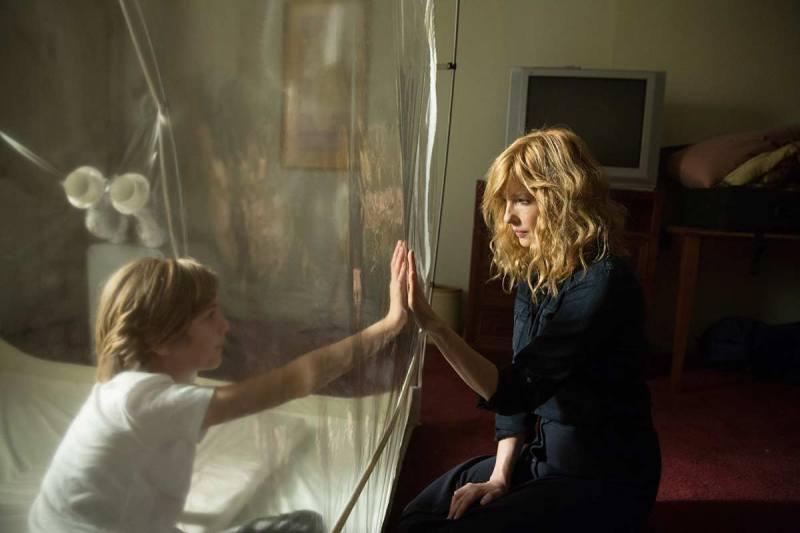 Estrenos de series y películas de Netflix en octubre - imagen-que-contiene-persona-pared-interior-muje