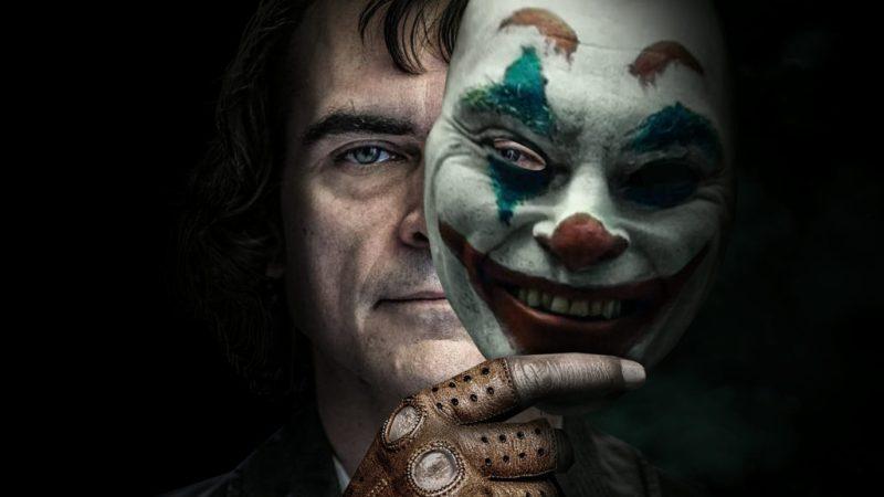 Joker, una película protagonizada por Joaquin Phoenix - 3-joker-dos-mascara-joaquin