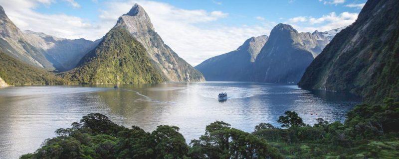 6 lugares esenciales para hacer un road trip por Nueva Zelanda - milford-sound-nueva-zelanda-roadtrip