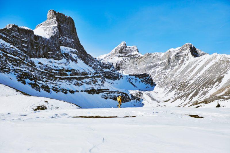 Seven Summits, la nueva colección de The North Face - chamarra-amarilla