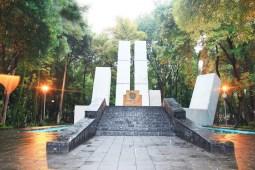 Bazar HOTBOOK 2019 Parque España - parque españa portada