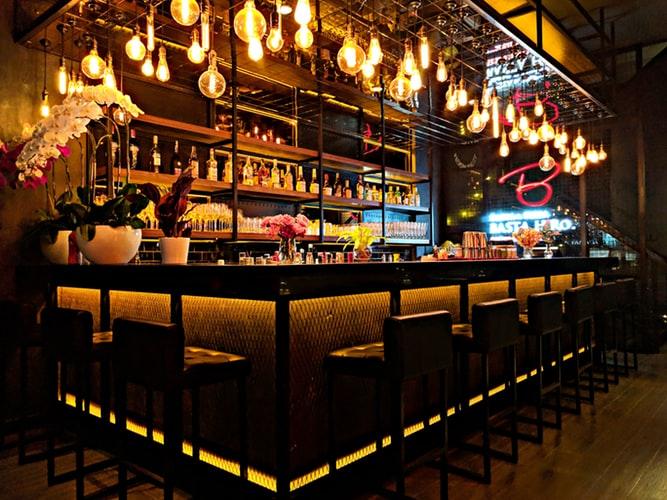 5 bares para disfrutar de una noche distinta - BARES PARA UNA NOCHE DISTINTA PORTADA