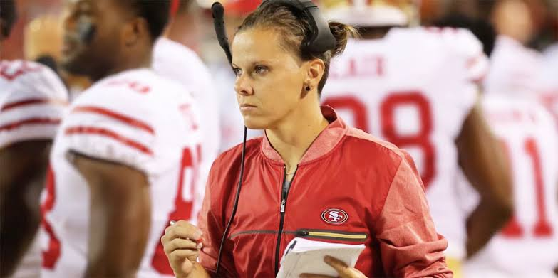 Conoce a Katie Sowers, la primera coach mujer en el Super Bowl - katie-sowers-super-bowl-5