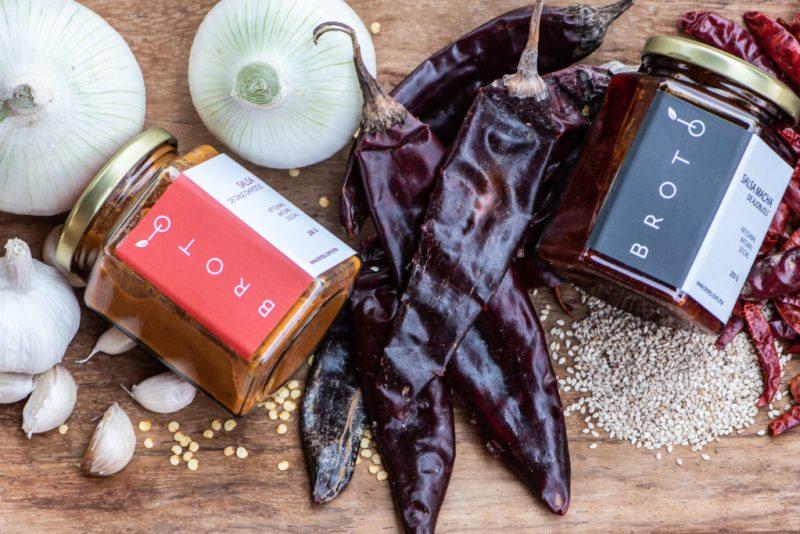 5 recetas para hacer toasts imperdibles - chipotle-y-macha-mermelada-spread