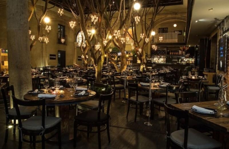 6 restaurantes imperdibles en el Centro de la CDMX - terraza-restaurante-azul-historico