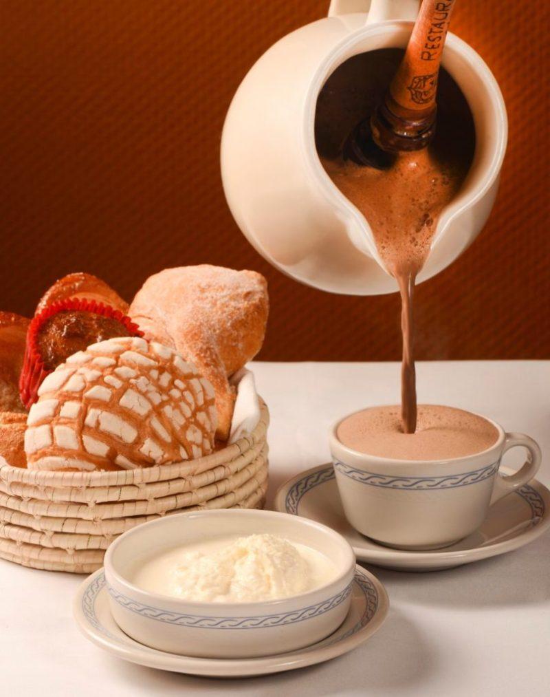 6 restaurantes imperdibles en el Centro de la CDMX - terraza-restaurante-le-cardenal