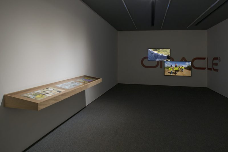 """Oráculo"", la primera exposición de Yoshua Okón en Proyectos Monclova - yoshua-okon-5"