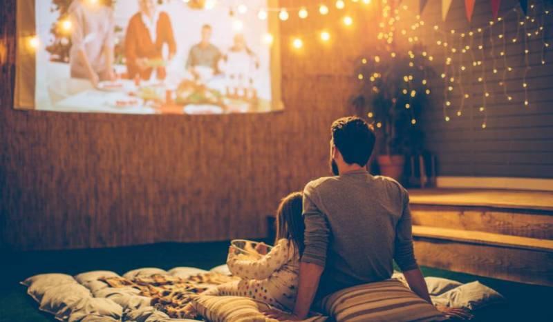 It's popcorn time! Te decimos cómo hacer tu propio cine en casa - popcorn-netflix-estreno-dia-del-nincc83o