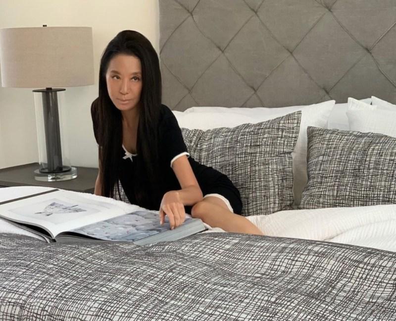 10 datos curiosos sobre Vera Wang, an ageless fashion designer - curiosidades-sobre-vera-wang-an-ageless-fashion-desinger-zoom-novia-vera-wang-7