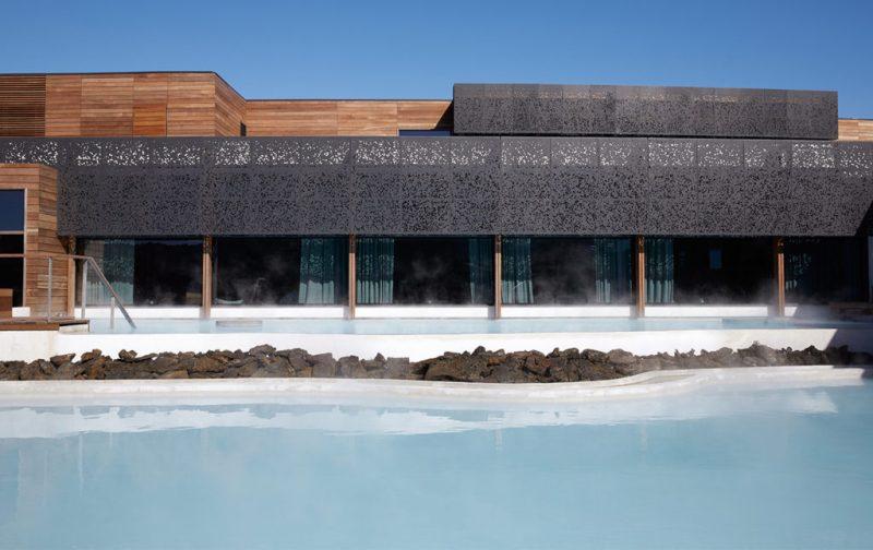 Blue Lagoon Islandia, el destino ideal para tu luna de miel - hotbook_hothoneymoon_bluelagoon_islandia_retreat_invierno