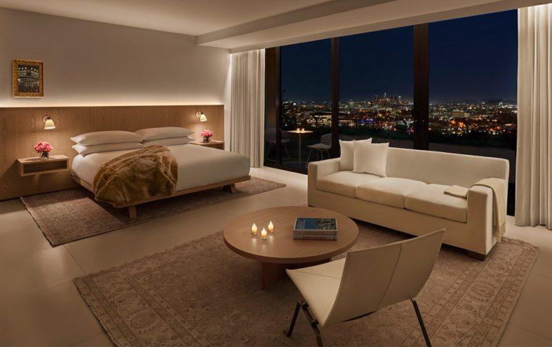 The West Hollywood Edition, un hotel fuera de serie - hotbook_thewesthollywood-suite-habitacion-cama-ventana-sala-vista-noche