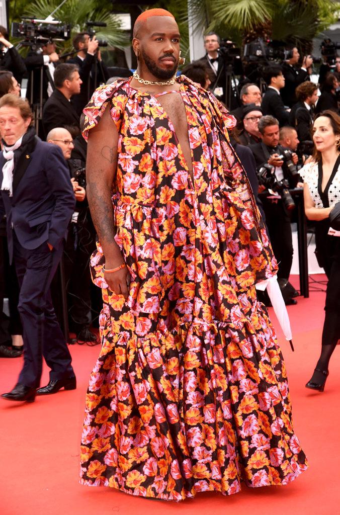 Cannes Rebels: el estricto código de vestimenta del festival y quién lo ha roto - kiddy-smile-cannes-rebels-el-estricto-codigo-de-vestimenta-del-festival-de-cannes-y-quien-lo-ha-roto-zoom-cannes-film-festival-online-tiktok-instagram-foodie