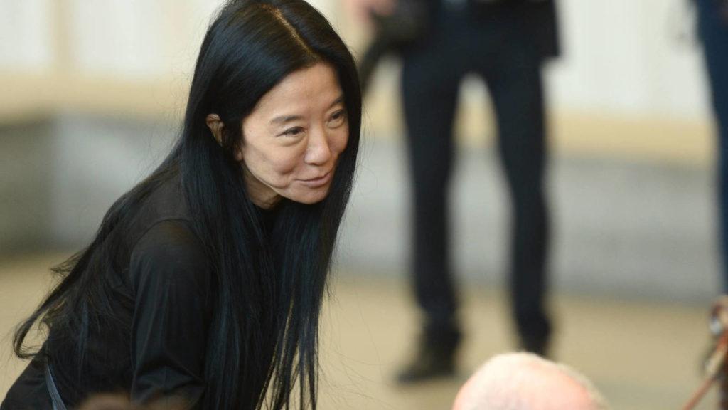 10 datos curiosos sobre Vera Wang, an ageless fashion designer - Portada curiosidades sobre Vera Wang an ageless fashion desinger zoom novia vera wang