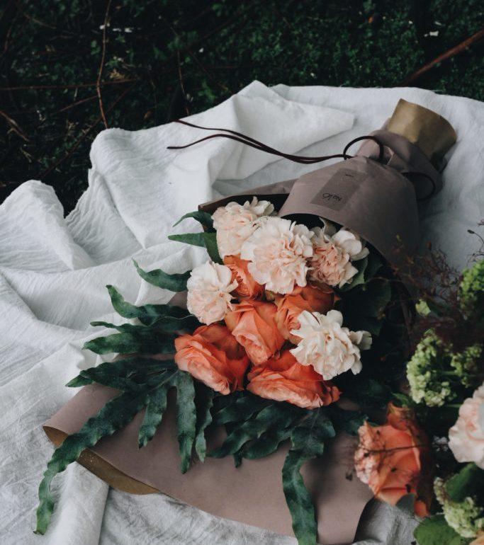 Celebra a mamá en su día con un arreglo floral - Portada dia de las madres arreglos florales para el 10 de mayo regalos para dia de las madres zoom tiktok Instagram ikebana flores