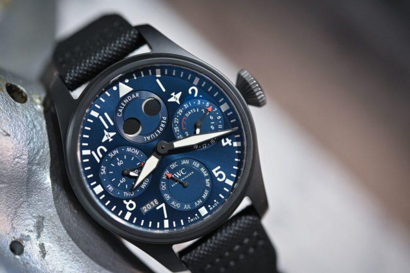 Los mejores relojes para regalar este Día del Padre según su personalidad - 1-dia-del-padreiwc-big-pilots-watch-perpetual-calendar-edition-rodeo-drive-iw503001-5-1