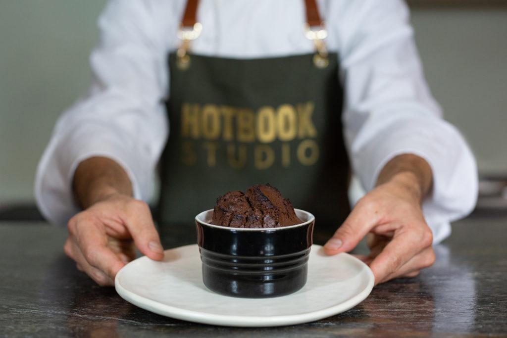 Lleva tu comida casera al siguiente nivel de la mano del chef de Loup Bar, Joaquín Cardoso, a través de HOTBOOK Studio - comida casera portada