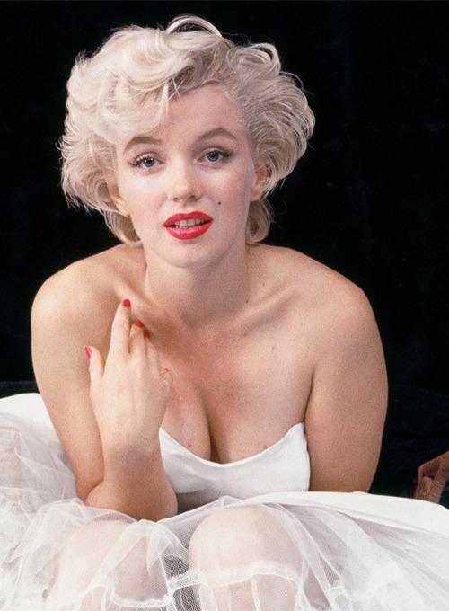 Las fotos más icónicas de Marilyn Monroe - las-fotos-mas-iconicas-de-marilyn-monroe-instagram-food-trend-foodie-tiktok-zoom-online-eu-justin-bieber-michael-jackson-6