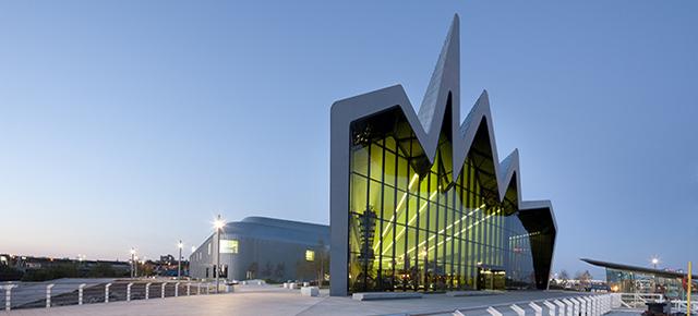 Zaha Hadid: un recorrido virtual por sus edificios más icónicos - zaha-hadid-recorrido-virtual-de-sus-edificios-mas-iconicos-6