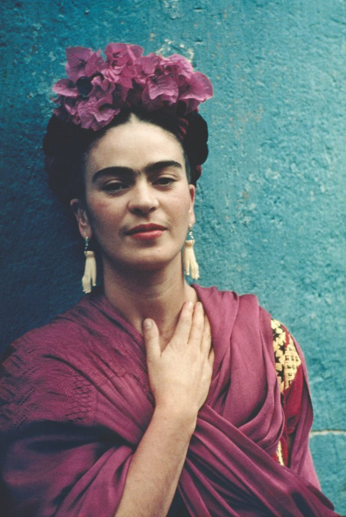 10 datos que no sabías sobre Frida Kahlo, la icónica artista mexicana - datos-que-no-sabias-sobre-frida-kahlo-la-iconica-artista-mexicana-frida-kahlo-google-verano-vacaciones-animales-en-peligro-de-extincion-google-frida-kahlo-1