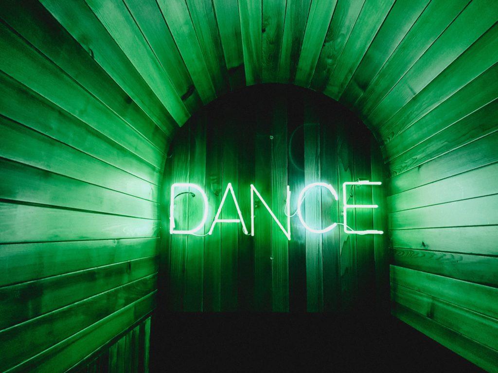Los tipos de baile más interesantes del mundo - Portada Bailes típicos alrededor del mundo tiktok google animales en peligro de extinción zoom online google viajes verano dance Instagram
