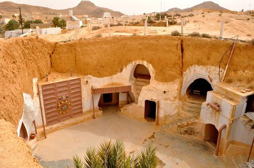 Locaciones de Star Wars dentro de nuestra galaxia - star-wars-locaciones-hotel-sidi-driss-matmata-tunez-casa-de-luke-skywalker-en-tatooine