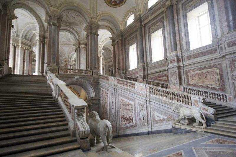 Locaciones de Star Wars dentro de nuestra galaxia - star-wars-locaciones-palacio-de-caserta-italia-interior-del-palacio-de-naboo