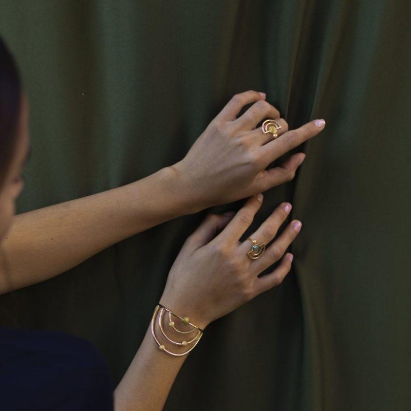 Ring mix and match: cómo hacer el stacking perfecto con tus anillos - calista-joyeria