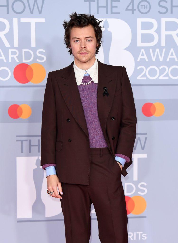 Los mejores looks de Harry Styles - link-foto-4-los-mejores-looks-de-harry-styles-british-awards-2020