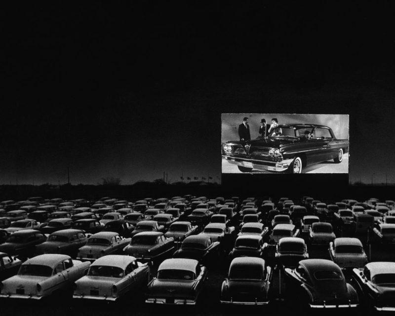 Sal de la rutina y vive una noche única en el Autocinema Platino Cinemex presentado por AT&T #CAMBIAELJUEGO - driveintheater-gettyimages-3076062