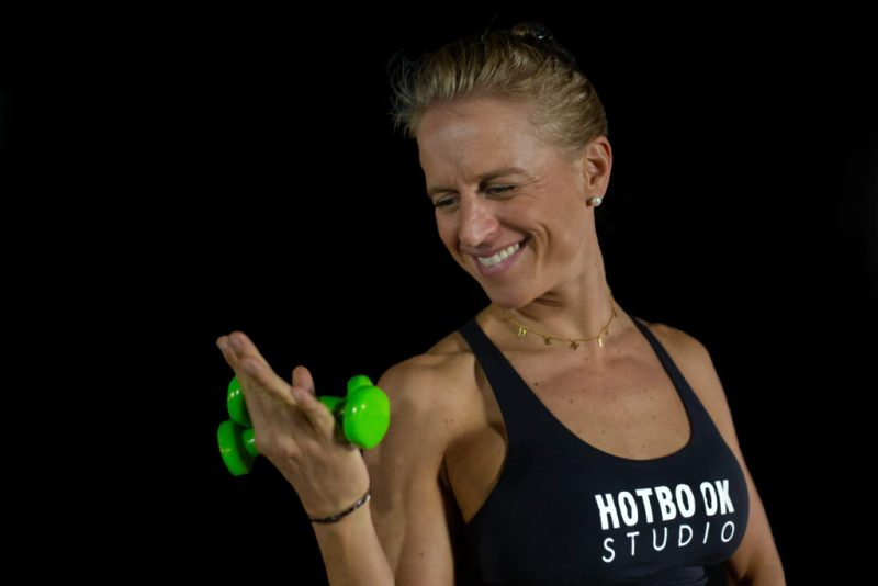 Descubre el poder de las clases de Body Barre de la mano de la coach Denise Bouffier - 9c1a2329r