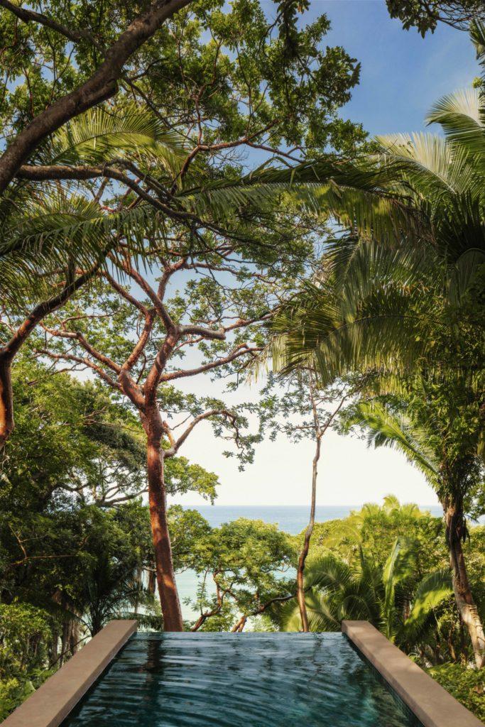 One&Only Mandarina, un santuario de lujo que abre sus puertas en la Riviera Nayarit - oo_mm_accommodation_oceancliffvilla_infinitypool_view_7965_master