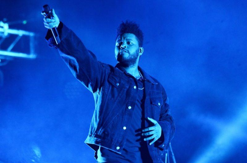 The Weeknd queda confirmado como el cantante estrella del halftime show del Super Bowl LV - the-weeknd-queda-confirmado-como-el-cantante-estrella-del-super-bowl-liv-the-weeknd-super-bowl-liv-google-amazon-super-bowl-liv-the-weeknd-google-amazon-bella-hadidi-futbol-americano-super-bowl-liv-1