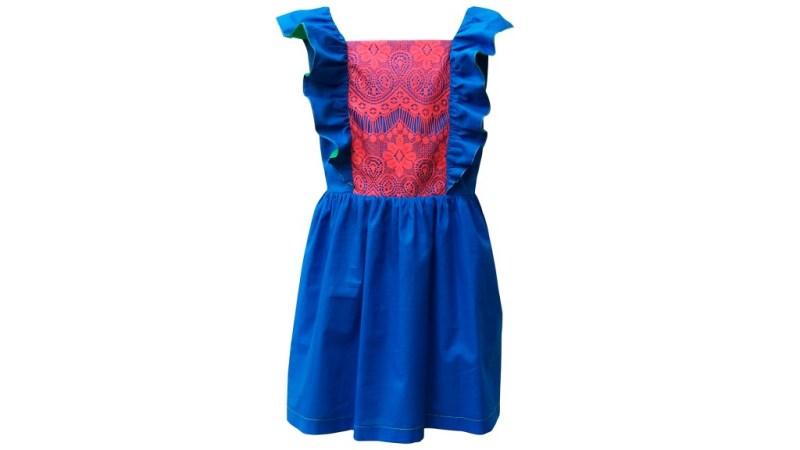 Divertidas y bien vestidas con Panchola y Calcetina - vestido-yalitza-divertidas-y-bien-vestidas-con-panchola-y-calcetina