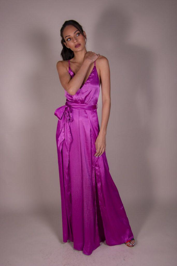 Encuentra el outfit perfecto para tu próximo evento en Roca Boutique - jumpsuit-escote-satin-encuentra-el-outfit-perfecto-para-tu-proximo-evento-en-roca-boutique