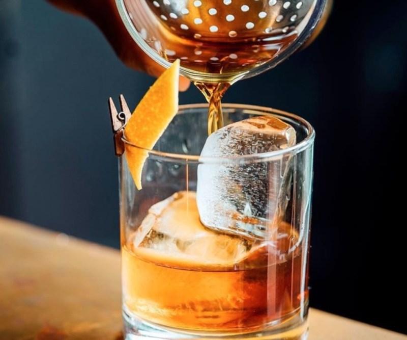 La Gloria, el ron con más de 50 años de tradición azucarera - la-gloria-el-ron-con-mas-de-50-ancc83os-de-tradicion-azucarera-google-ron-la-gloria-destilados-ron-tequila-drink-foodie-coctel-2