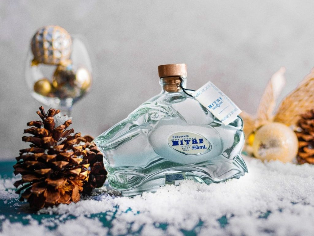 Un regalo muy a la mexicana sorprende a esa persona especial con Mezcal Mitre - Mezcal Mitre Navidad 2020