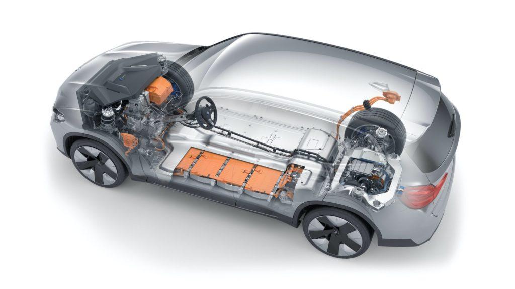 10 lifehacks que todo el que conduce un auto eléctrico debe saber - lifehacks-que-todo-conductor-de-coche-electrico-debe-conocer-google-amazon-online-bmw-3