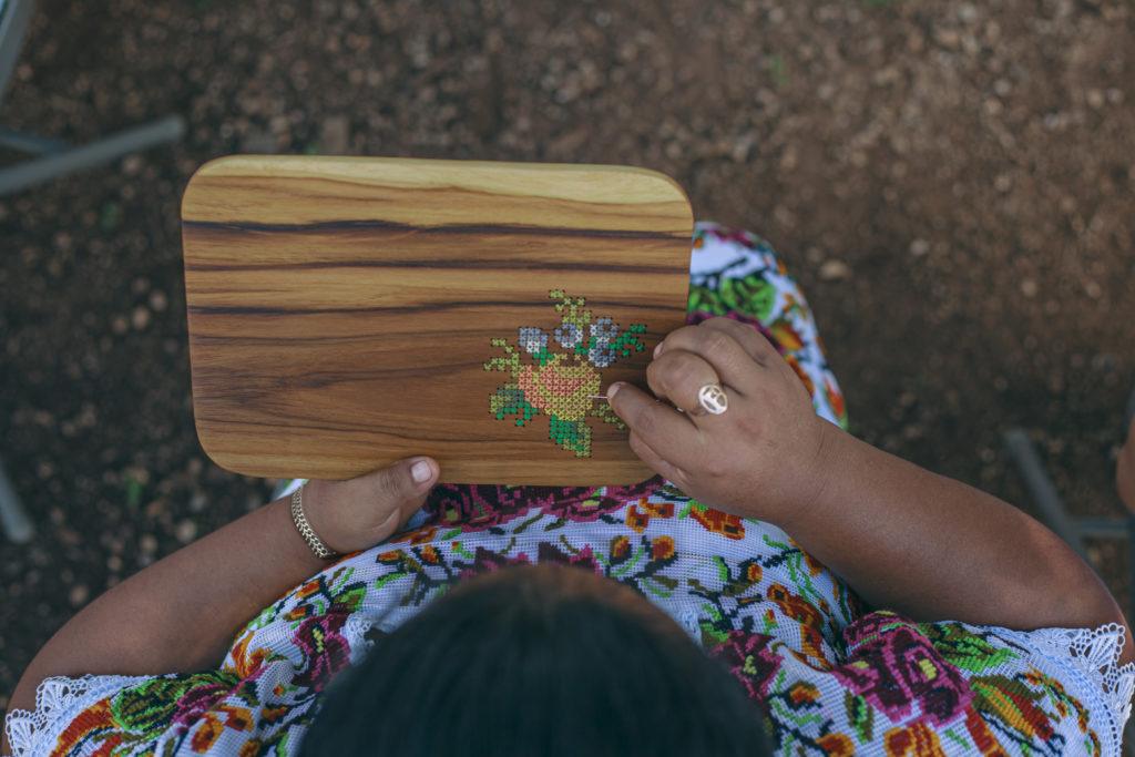 Sureste Craft Boutique, la marca mexicana que preserva las técnicas tradicionales artesanales - sureste-craft-boutique-la-marca-mexicana-que-preserva-las-tecnicas-tradicionales-artesanales-sureste-google-artesano-chuytikab-fundacion-legorreta-google-amazon-google-artesano-artesani-2