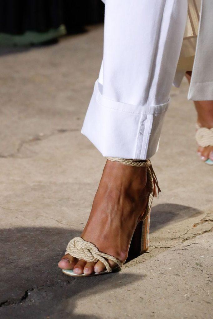 Ocho tendencias en zapatos para primavera 2021 - foto-3-8-tendencias-de-zapatos-para-spring-21-cristiano-ronaldo-neymar-copa-del-rey-dogecoin-dia-mundial-contra-el-cancer-qatar-mario-marin-napoli-daddy-tankee-nico-golden-globes