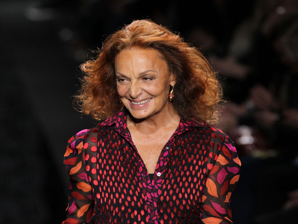 Powerful women in business. 10 mujeres que cambiaron el mundo de los negocios - diane-von-fucc88rstenberg-wrap-dress-powerful-women-in-business-negocios-exitosos-creados-por-mujeres-que-inspiran-dia-internacional-de-la-mujer