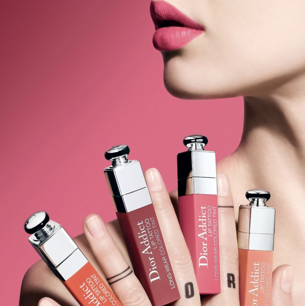 8 lipsticks para evitar retoques y dar un efecto más hot a tus labios - dior-addict-lip-tattoo