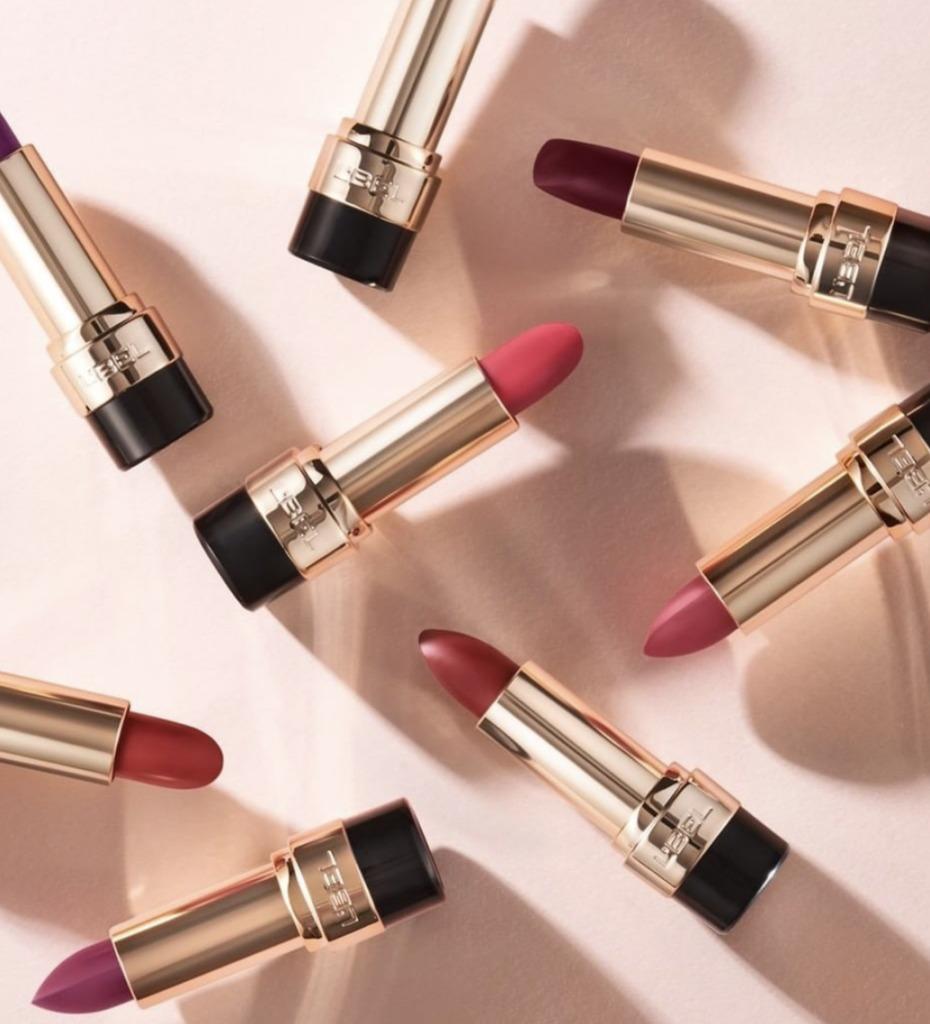 8 lipsticks para evitar retoques y dar un efecto más hot a tus labios