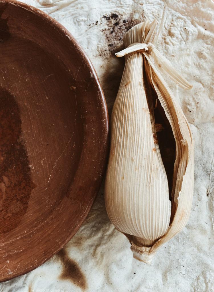 Un Abrazo de Raíz: Luvia Lazo a través de la fotografía te sumerge a la cultura mexicana de la mano de Lincoln. - cumpleancc83ospapa______4