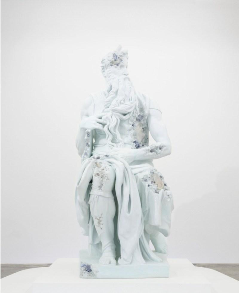 Belleza y destrucción, Daniel Arsham entre la arquitectura y el arte - daniel-arsham-martes-santo-victoria-salazar-baylor-basketball-2