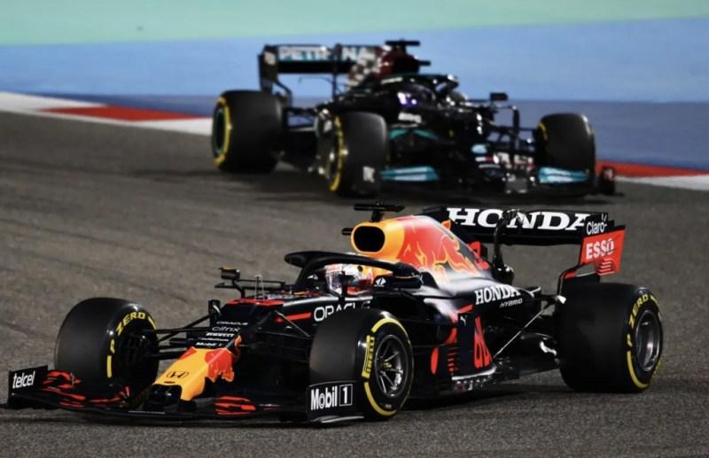 El nuevo safety car de la Fórmula 1 es un Aston Martin Vantage - nuevo-safety-car-f1-paul-ritter-uefa-champions-league-earthquake-warriors-davion-mitchell-aaron-rodgers-1